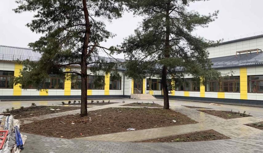 школа №1 в Апостоловому